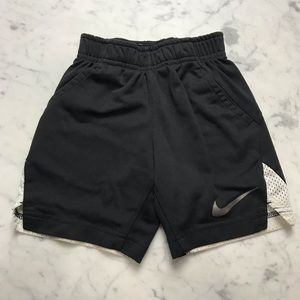 Nike Dri-Fit 3T Toddler Boys Athletic Black Shorts